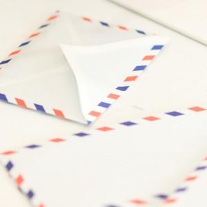 国際郵便の宛名、差出人名の書き方